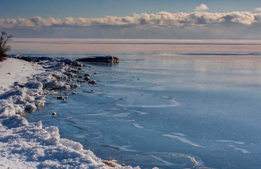 winter lake superior