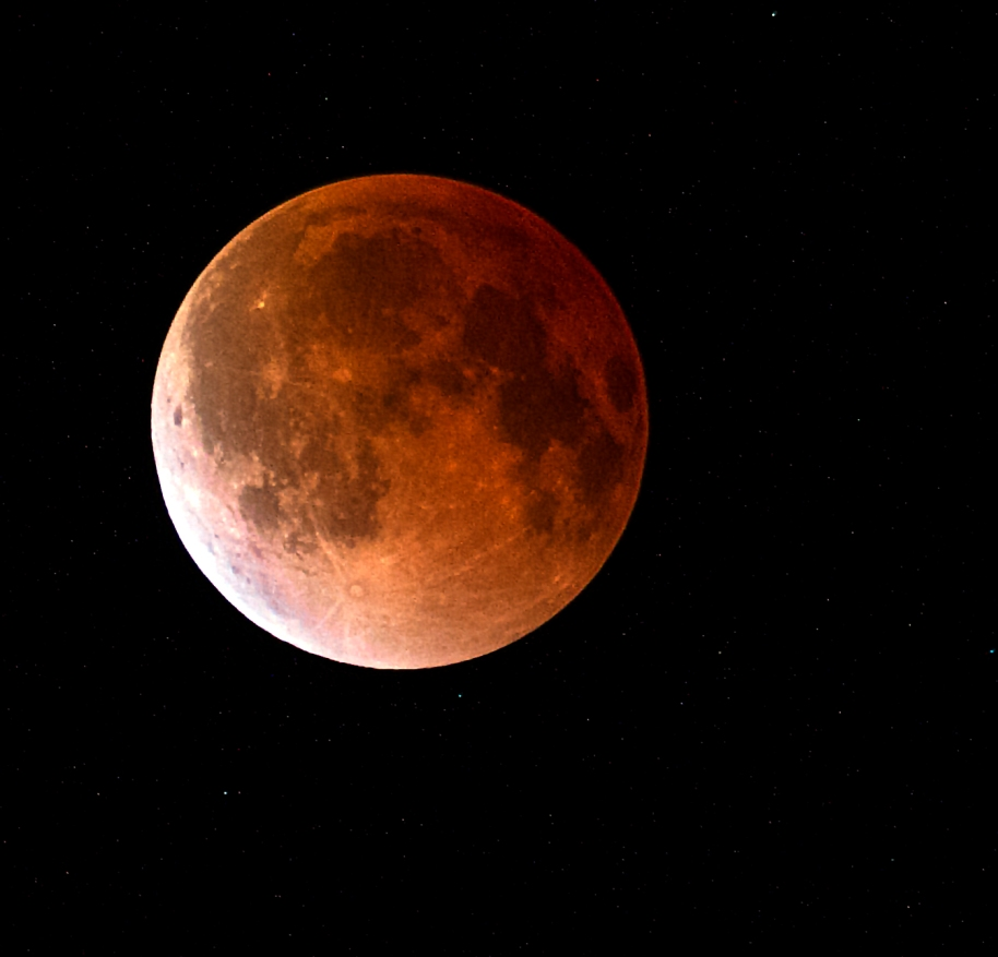 red moon11
